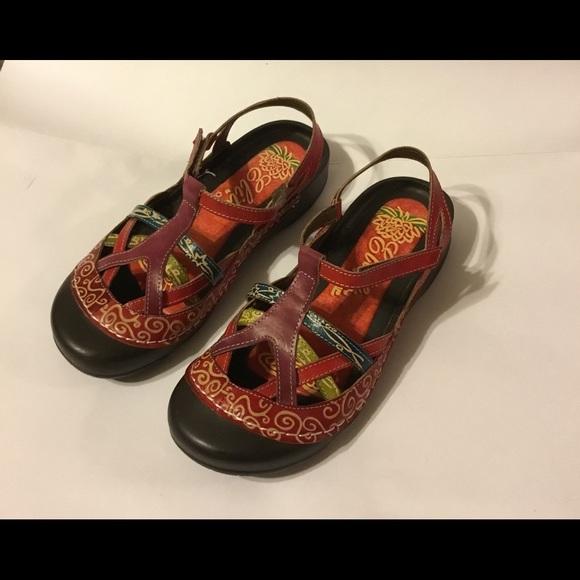 """4498094c3909c Corkys Elite """"River"""" Leather Sandals"""